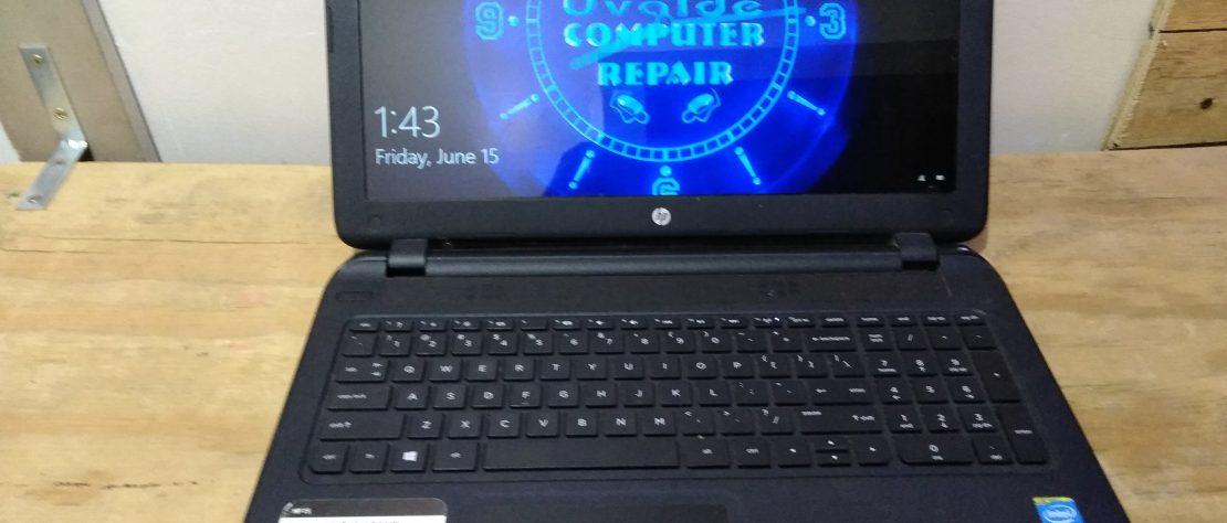 Light weight laptop running windows 10 home